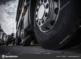 100 Cheap Semi Truck Tires Maintaining Stock Photo Welcomia 173996234