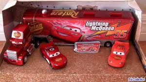100 Cars Mack Truck Playset Disney Hauler With 2 Diecast Cruising Lightning