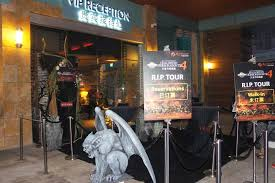 Halloween Horror Nights Express Pass by Guide To Uss Halloween Horror Nights 6 Tickets Express Passes And