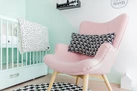 rocking chair chambre bébé rocking chair chambre b la de minie like that with a