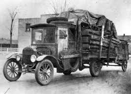 Model T Ford Forum: Old Photo - Model TT Semi | Black And White ... 44 Historical Photos Of Detroits Fruehauf Trailer Companythe Mack Trucks Wikipedia The Tesla Semi Will Shake The Trucking Industry To Its Roots Samsungs Invisible Truck That You Can See Right Through Fortune Biggest Rig Ever Youtube Nikola Corp One Truck602567_1920 First Capital Business Finance Interior Video Shows Life A 20 Trucker Old Trucks Being Loaded Onto Railroad Cars Long Haul Navistar Will Have More Electric On Road Than By Jamsa Finland September 1 2016 Yellow Man V8 Semi Truck Hauls Selfdriving Freightliner Inspiration From Daimler