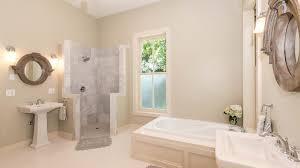 sockelleisten im badezimmer richtig anbringen schritt für