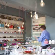 süßkramdealer feine süsswaren und café berlin creme guides