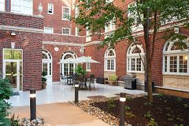 100 Residences At Forest Park Furnished Apartments And