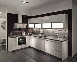 siematic küche in l form mit separater hochschrankzeile
