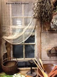 Primitive Decorating Ideas For Outside by Best 25 Primitive Windows Ideas On Pinterest Primitive Living