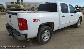 Silverado Bed Sizes by 2011 Chevrolet Silverado 1500 Z71 Crew Cab Pickup Truck It