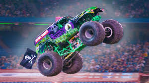 100 Monster Truck Races The Story Behind Grave Digger The Everybodys Heard Of