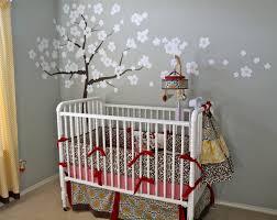 chambre bébé grise et chambre bebe beige et gris idées de décoration capreol us