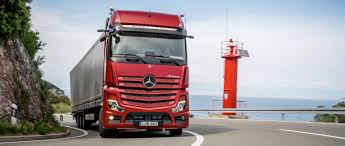 100 Mercedes Semi Truck Benz S Presents The New Actros 2019