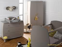chambre bebe lit et commode chambre bébé complète armoire commode lit médéa