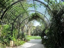 McKee Botanical Garden Entrance