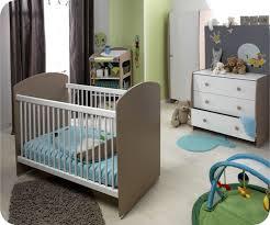chambre bebe 2eme chambre garcon vert et gris maison design bahbe com
