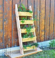 Diy Patio Furniture Ladder Planter Pallet Cushions