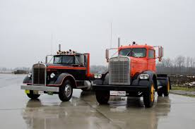 100 American Truck Equipment Historical Society NW Chapter 2015 Feature