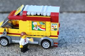 Review: LEGO 60150 Pizza Van Jual Diskon Khus Lego Duplo Ice Cream Truck 10586 Di Lapak Lego Mech Album On Imgur Spin Master Kinetic Sand Modular Icecream Shop A Based The Le Flickr Review 70804 Machine Fbtb Juniors Emmas Ages 47 Ebholaygiftguide Set Toysrus Juniors 10727 Duplo Town At Little Baby Store Singapore Icecream Model Building Blocks For Kids Whosale Matnito