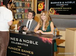 Jennifer Lawrence Style: The Hunger Games Barnes & Noble Cast ... Naya Rivera Book Signing At Barnes And Noble 09 Gotceleb Lindsey Stirling Signs Copies Of Her Zoey Deutch In Santa Monica Giada De Laurentis Los Anegeles Laura Prepon New The Grove Drew Barrymore At Wildflower In Jenna Jameson Books Butt 7 Steven Greenhuts Book Signing Draws A Crowd Jack Host Event Photo Middle School Rules Of Skylar Diggins Debut Khloe Kardashian For