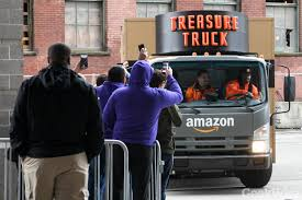 Ex-NFL Star Marshawn Lynch Teams Up With Amazon To Drive The ... Ross Towing Ldon Ontario Tow Truck Photos Pinterest Tow 2017 Gmc Savana G3500 Waterford Wi 00997501 Chevrolet Dealer Milwaukee Waukesha New Used Chevy Cars Lynch Truck Center Wrecker Or Car Carrier Locations In Wisconsin And Illinois Hot Cars Marshawn Trucks Jurrell Casey Raiders Vs Titans Youtube Berliet 872 Jd 10 Medium Duty Hdwreckers Truckpapercom 2014 Hino 268 For Sale Chicago Inc 7335 W 100th Pl Bridgeview Il Dealers Hx Walk Around With Chris Wilson From Rush Lynchs Recovery Services 24 Hour Service Heavy