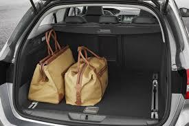 taille coffre nouvelle 308 peugeot 308 sw compacte à réalité augmentée automobile