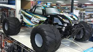 Team Losi 1/5 Monster Truck XL 4WD RTR With AVC Quick Look - YouTube