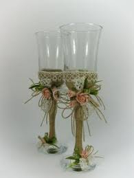 These Gorgeous Wedding Glasses Are Decorated With Natural Materials