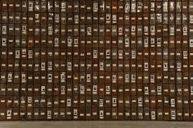 christian boltanski la chambre ovale impressionnante exposition qui vient de s ouvrir au mac s du grand