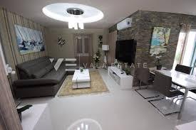 100 Elegant Apartment STUNNING AND ELEGANT APARTMENT WITH SEA VIEW Vala Estate