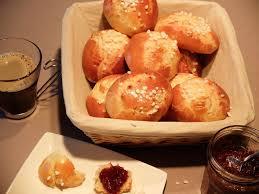 gateau a pate levee la brioche est une pâtisserie en pâte levée légère et gonflée