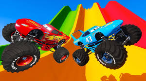 Look Challenge Monster Trucks - McQueen The King Miss Fritter Tow ...