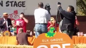 Worlds Heaviest Pumpkin Pie by Elk Grove Pumpkin Pie Eating Contest 2017 Mle Event Youtube