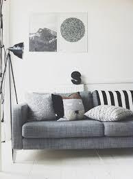 canapé déco divagations autour d un canapé gris cocon de décoration le