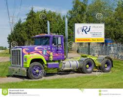 100 Rj Trucking A Colorful Truck For Rent Editorial Photography Image Of