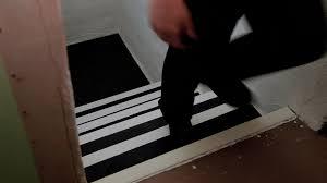 nez de marche comment sécuriser un escalier antidérapant pour