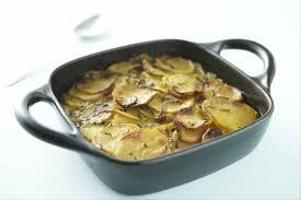 cuisiner la pomme de terre recette de pomme de terre boulangère facile et rapide