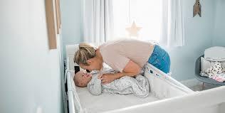 schlafdauer medibino der babykopfschutz
