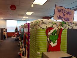 Office Christmas Decorating Ideas For Work by Who Ville Cubical Decoration Grinch Theme Pinterest Grinch