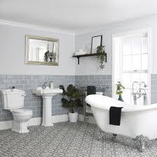 antikes bad komplett set freistehende badewanne stand wc säulen waschbecken regent