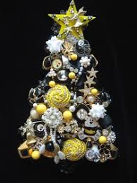 I Custom Ordered A Pittsburgh Steelers Themed Christmas Tree CJ Is Highly Professional With Her Dedication To Originality Craftsmanship Of The Highest