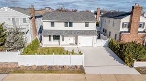 100 Nyc Duplex For Sale NYC Houses Atlantic Beach 5 Bedroom House For