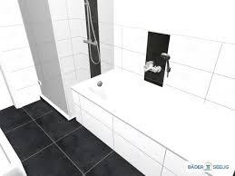 badgrundriss mit badewanne und dusche im schlauchbad