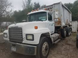 100 Hook Truck 1998 With 5 Containers Chip Dump S