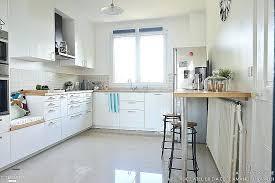 cuisine blanche et cuisine blanche en bois modele cuisine blanc laquac modele cuisine