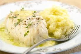 cuisiner le dos de cabillaud à la poele cabillaud rôti à l huile d olive et thym citron purée