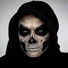 Halloween Half Mask Makeup by Best 25 Grim Reaper Costume Ideas On Pinterest Grim Reaper