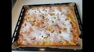 luftiger erdbeer rhabarberkuchen schnell und sehr lecker rhabarberkuchen