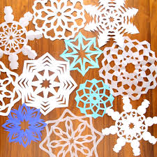 how to cut snowflakes video tutorial free templates} It s