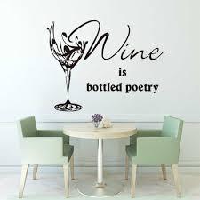 dekoration wein ist poesie in flaschen wandtattoo esszimmer
