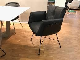 cor alvo stuhl mit armlehnen 913 leder schwarz 4 fuss drahtgestell m20 lack schwarz