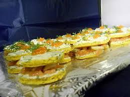 canapés saumon fumé recette de canapés au saumon fumé par violette fru