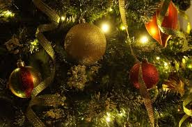 Longest Lasting Artificial Christmas Tree by What Type Of Christmas Tree Is The Right Choice For You